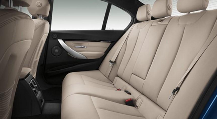 BMW 320i 内装